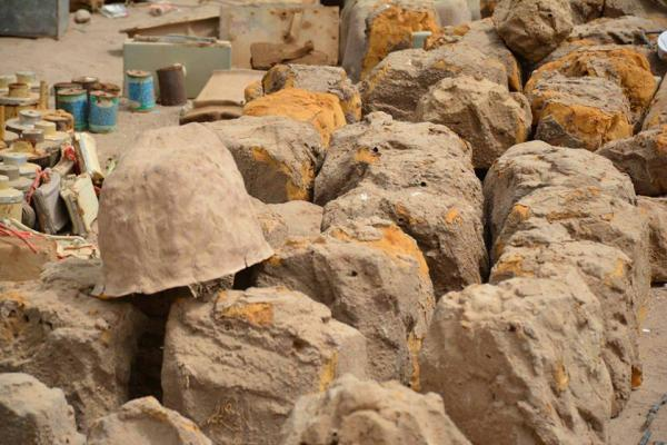إصابة مدني بانفجار لغم حوثي شرق مدينة تعز