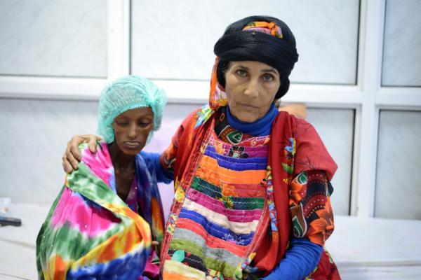 التايمز: ملايين يعانون من المجاعة والقنابل السعودية تمزق اليمن