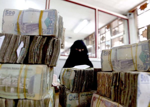 &#34البوست موبايل&#34 بديلاً للأوراق النقدية في اليمن