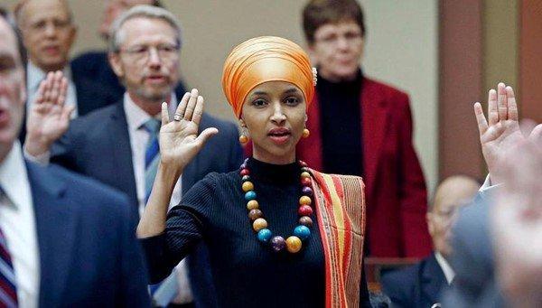 انتخاب أول مسلمتين في الكونغرس الأمريكي رغم الخطاب المعادي للإسلام
