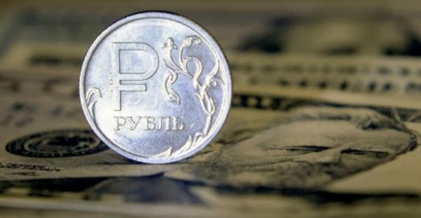 روسيا تسعى للتخلي عن الدولار في مواجهة عقوبات أمريكية جديدة