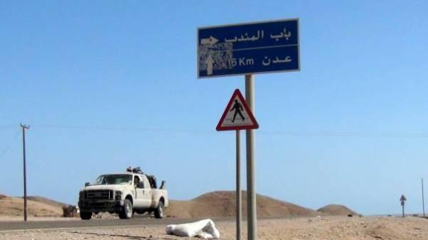 اليمن: كسر زحف جديد على باب المندب
