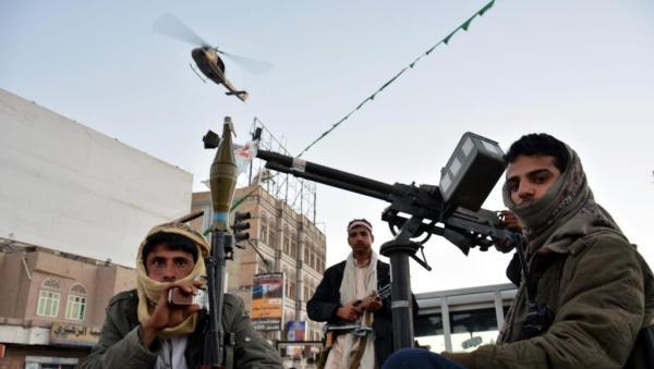 مليشيات الحوثي تقتحم منزل الدكتور مجور بصنعاء