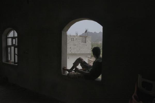 """أهالي """"العود"""" يشكون حملة جبايات واختطافات حوثية واسعة ومستمرة ضدهم"""