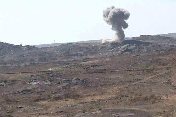 غارات جوية توقع قتلى وجرحى حوثيين في القريشية بالبيضاء