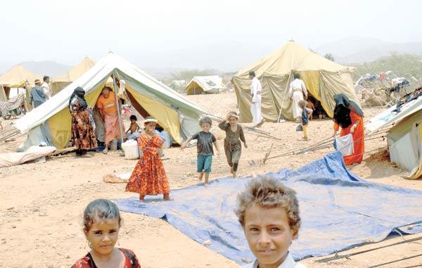 خلال سبتمبر.. تهجير أكثر من 8 آلاف يمني من منازلهم ومخيمات مأرب لم تتسع لاستقبالهم