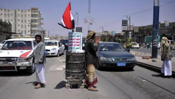 اليمن.. مجهولون يهاجمون نقطة لـ&#34الحوثيين&#34 في إب