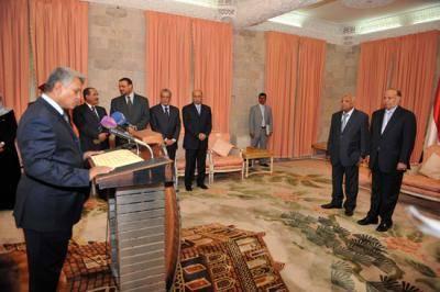 نجاة وزير يمني سابق من محاولة اغتيال بصنعاء.. والشرطة تطلق الجاني