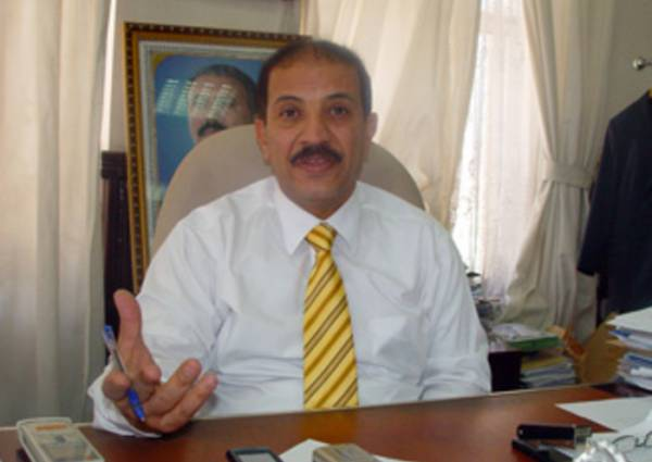 وزير سابق: المنظمات المدنية ستتحول الى عسكرية لمحاربة الارهاب في اليمن