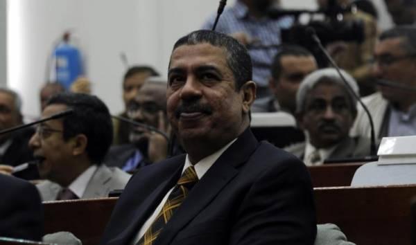 على رأسها دستور وانتخابات عامة.. مصفوفة التزامات &#34حكومة بحاح&#34 للبرلمان اليمني