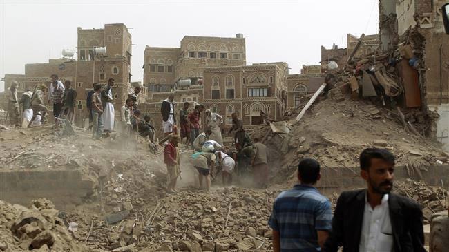 صنعاء التاريخية، الجمعة 18 سبتمبر أيلول 2015، غارات التحالف تدمر منازل مدنيين، وتوقع شهداء وجرحى أغلبهم نساء وأطفال